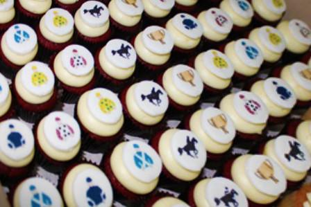 Melbourne Cup Petite Cupcakes