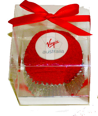 Clear-box-Corporate-logo-cupcakes