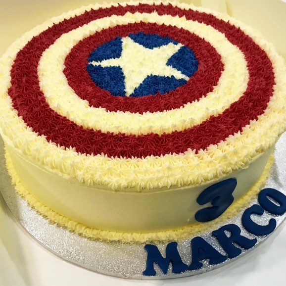 Captain-America-Cake
