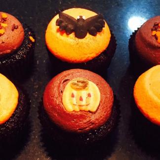 Halloween Classic size cupcakes