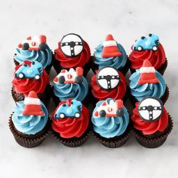 Racing car mini cupcakes